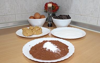 Bizcocho-de-chocolate-y-mani_ingredientes